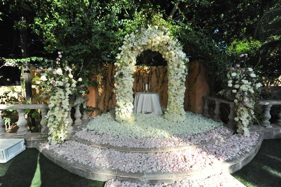 Floral Arch, Royal Palms Resort, Alegria Garden, Scottsdale AZ., Image by Phyllis Lane Photography