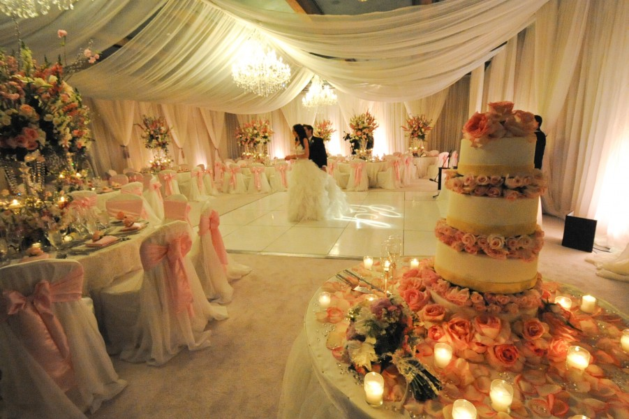 Ballroom decor sedona wedding planners florists and event decorators royal palms palmera ballroom fabric draping lighting floral decor by show stoppers junglespirit Image collections